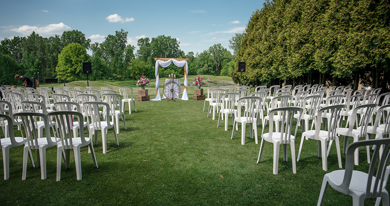 Wedding venue rustic outdoor ceremony reception venues Oakland county mi